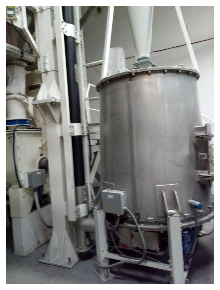 300 1000ltr Plasmec Model Trm 300 Fv With Rfo 1000 High Speed Mixer Cooler Combination With Gravimetric Batching Discharge Weighing Units